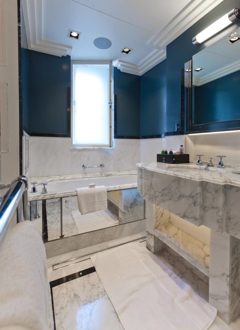 Claridges Hotel Bathroom Suites